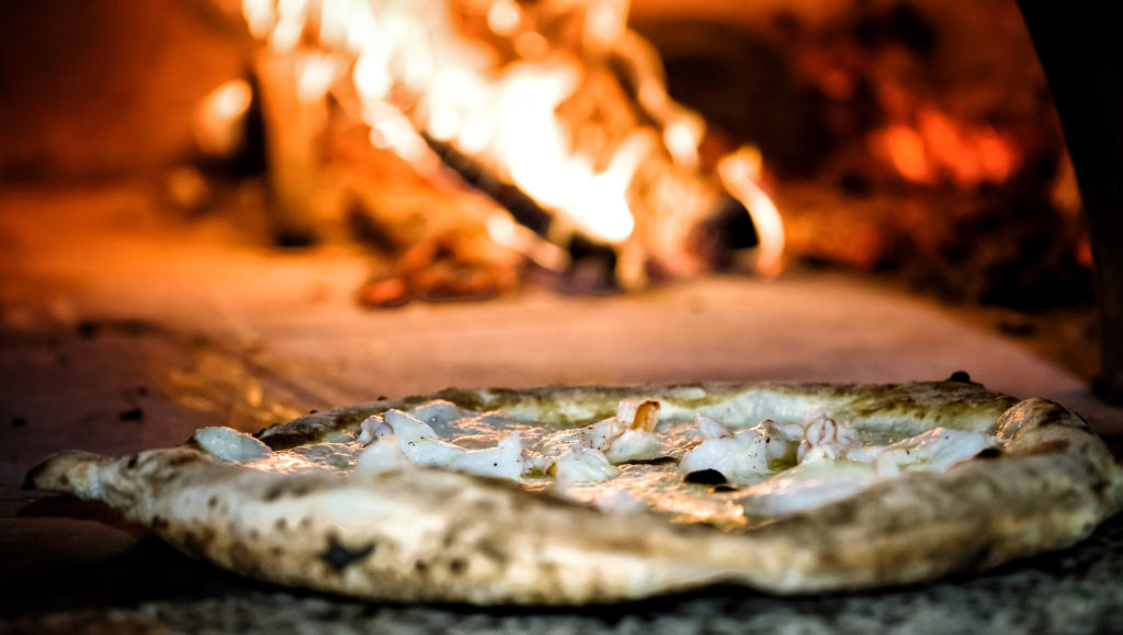 Pizza gourmet, le follie di romualdo
